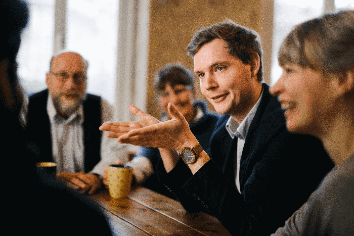 Jonas Glüsenkamp diskutiert mit Bürgern den städtischen Haushalt 2021 Bamberg